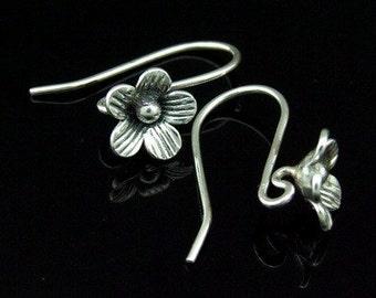 6KH-015thai karen hill tribe handemade silver black & white pair wild flower earring