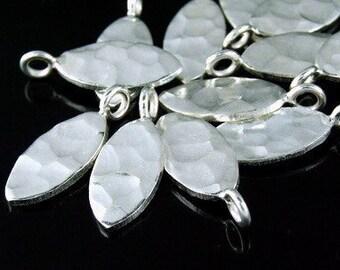 3KH-090 thai karen hill tribe silver 4 hammered oval disc charm