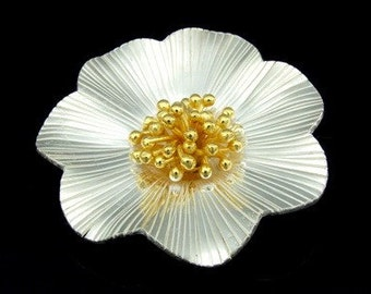 KG-447 thai karen hill tribes silver 1 gold vermeil wild flower pendant