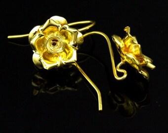 KG-495 thai karen hill tribes handmade 24K gold vermeil over silver pair wild flower earring