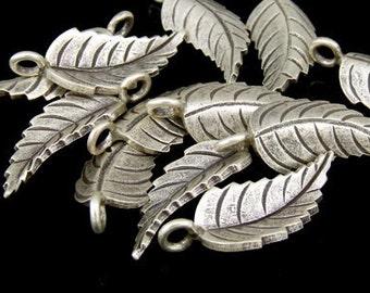 5KH-012 thai karen hill tribe silver 3 leaf charm