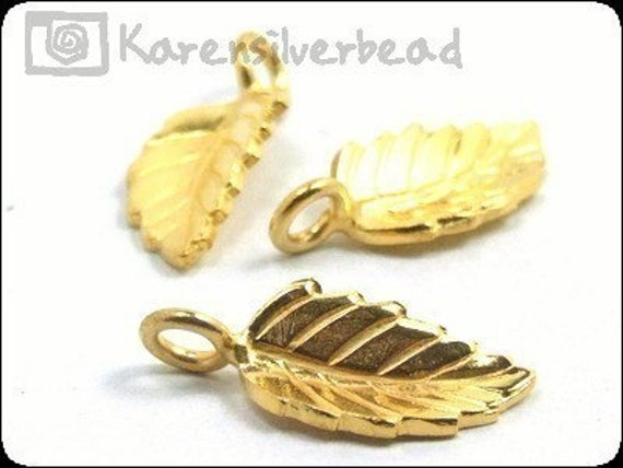 AG-122 KSB KAREN HILL TRIBES SILVER 6 GOLD VERMEIL SMALL LEAF CHARM