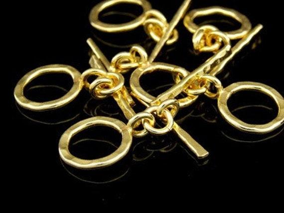 KG-272 thai karen hill tribes silver 4 gold vermeil hammered round toggle
