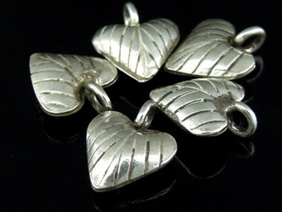3KH-001 thai karen hill tribe silver 3 lai print heart charm