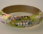 OASIS-Medium Collage Decoupage Wood Shabby Chic Green Black and White Fashion Art Bangle Bracelet with Swarovski Crystals and faux Pearls