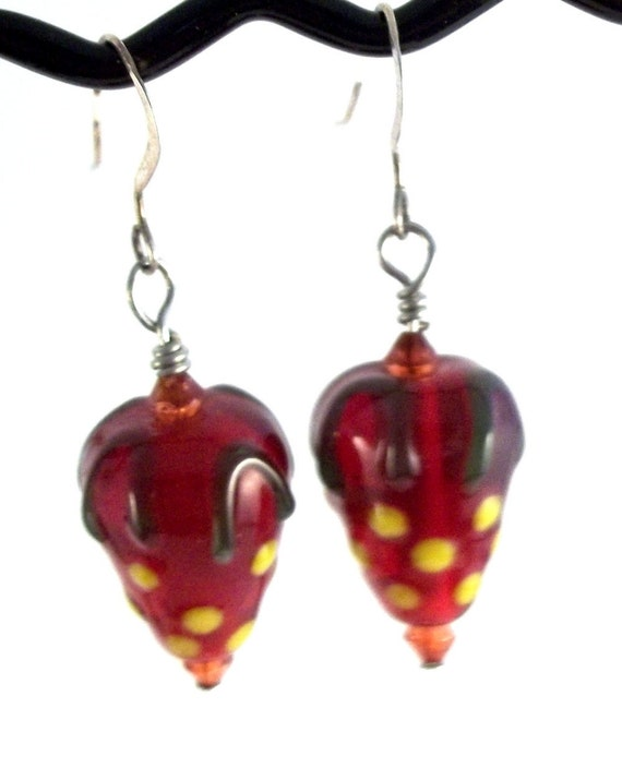 Lampwork Strawberry Bead Earrings Lampwork Earrings Lampwork Jewelry Clip On Earing Clip On Earring Strawberry Earrings Red Earring BE1723