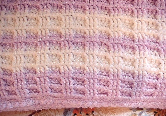Crocheted Mauve and White Waffle Stitch Baby Blanket Afghan BB04-07A7 ...