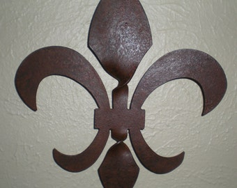 Twisted Fleur de Lis Sculpture, steel 9 inches tall, New Orleans, Who Dat, Louisiana