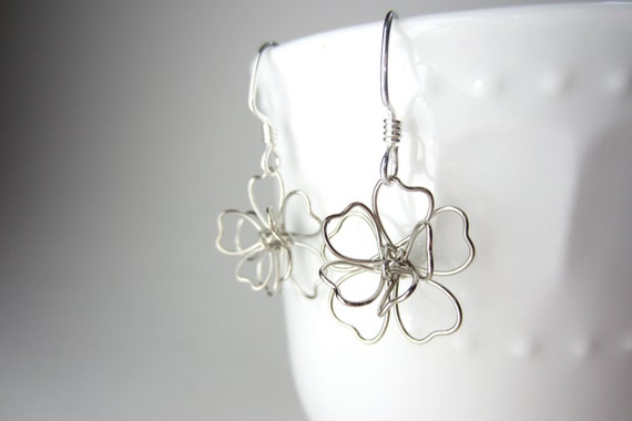 Wire Wrapped Flower Earrings, Modern Rose Earrings, Silver Jewelry Minimalist Jewelry Floral Earrings Delicate forest nature airy chic boho
