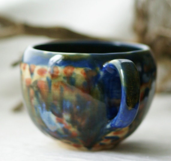 Underlayer cappuccino cup