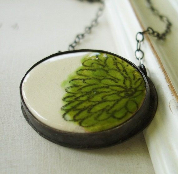 Oval Ceramic Picture Pendant in Moss Green Floral
