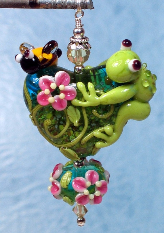 Made to order Margo lampwork beads frog bee heart