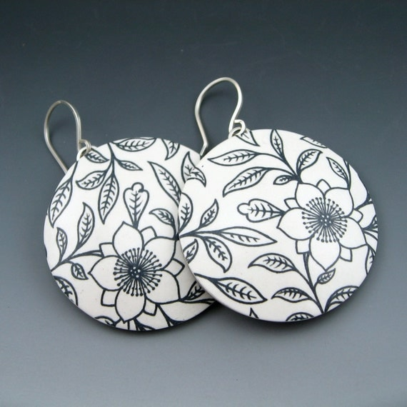 Modern black and white big circle hoop earrings in polymer clay and sterling silver