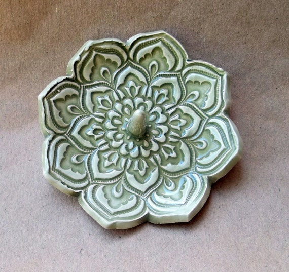 Green Lotus Ring Holder Bowl