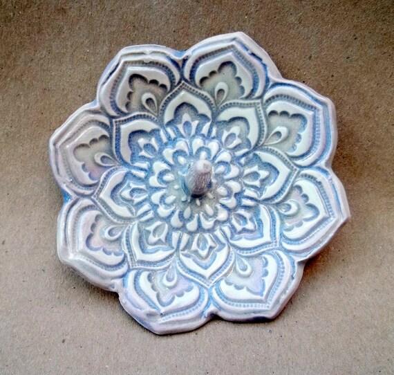 Heather Moor Ceramic Lotus Ring Holder Bowl