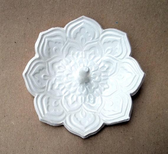 White Lotus Ring Holder Bowl