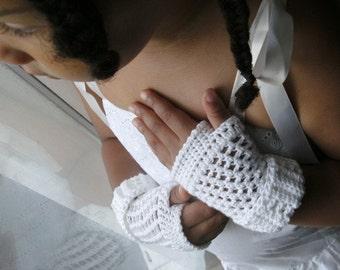 NEW Pattern -- Summer Whites - a Shortie Fingerless Gloves Pattern - Ladies - Womens - Moms - Teens Size - PDF