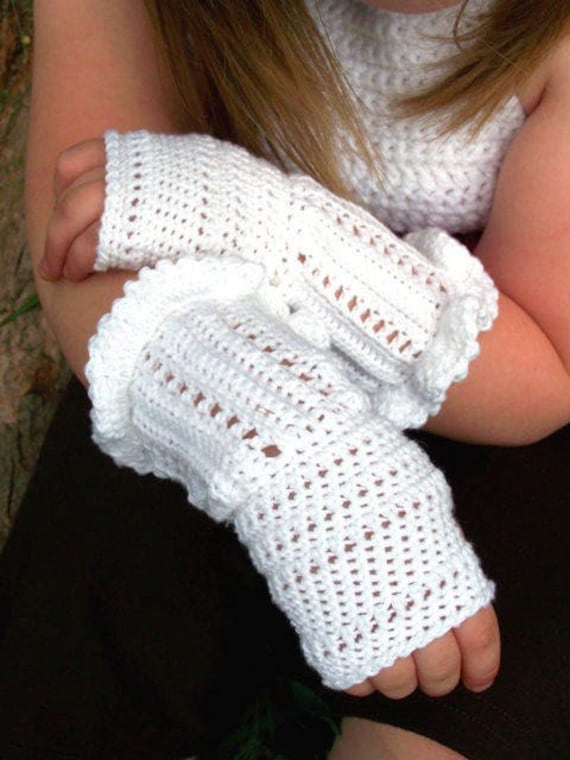 NEW PDF PATTERN White Ruffle Crochet Fingerless Gloves (Teen/Adult size)