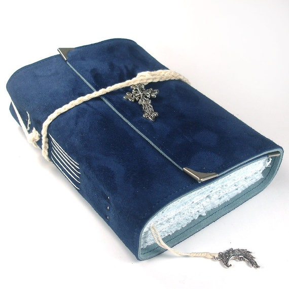 L'heure bleue, Leather Journal, Suede