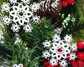 Christmas lacy ornaments - victorian snowflakes - set of five
