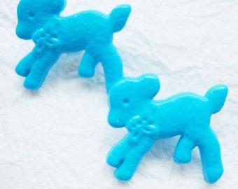 Turquoise blue little lamb shank buttons - 24 pcs