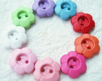 2 hole flower buttons 13 mm.- 100 pcs