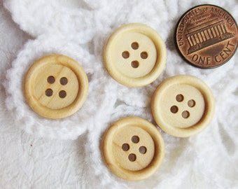 4-hole wood buttons 18 mm. - 24 pcs