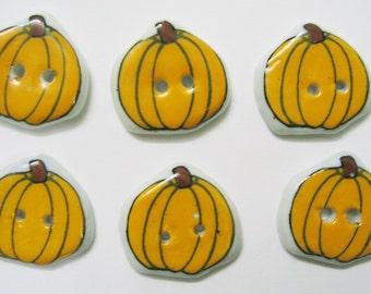 10 pcs Pumpkin button ceramic Vintage style size 20 x 22 mm.