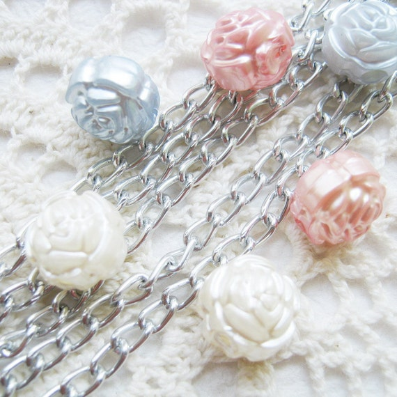 Pearlized Ivory, blue and peach rose beads 12 mm. - 40 pcs