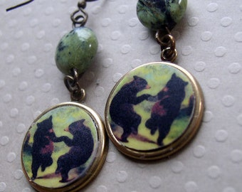 Bear earrings Dance like a bear in the middle of the night.