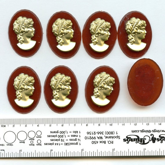 LARGE Plastic Cameos Matching Vintage Set of 8 30mm x 40mm size 8078