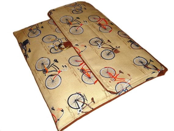 Vintage Bicycle slim Laptop sleeve for Macbook 13 inch or made to fit Air Italiacraft