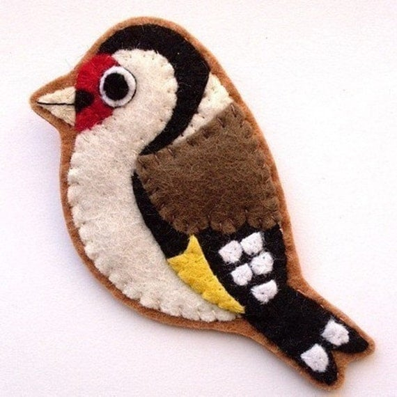 Goldfinch, handmade felt bird brooch