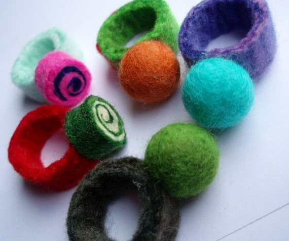 Felted Ring . Green Single Candy