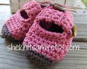 chocolate dipped baby shoes--pink