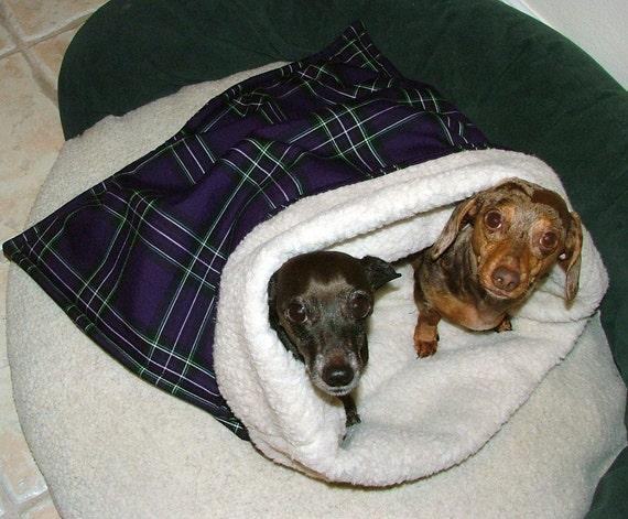 Dachshund Snuggle Bag Sack Dog Bed 26 X 30 Plum Plaid