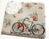 Pouch Bike and Lace on Floral Print Linen