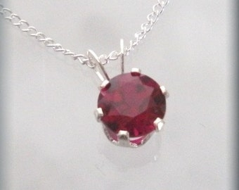 January Birthstone Necklace Sterling Silver Garnet Jewelry Pendant (SP917)