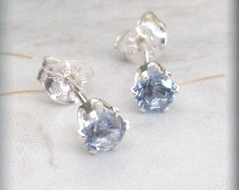 March Birthstone Earrings Aquamarine Post Stud Sterling Silver Earings (SE831)