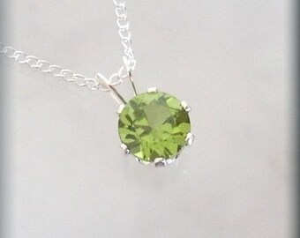 August Birthstone Necklace Sterling Silver Peridot Pendant Jewelry (SP924)