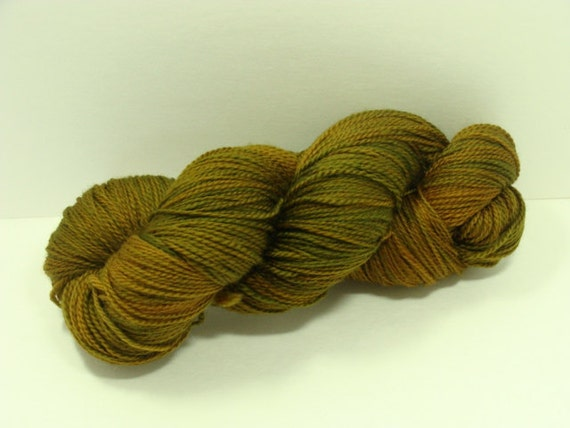 HALF OFF Merino Superwash Yarn Semi Solid Honey Color Great Yardage Dragonfly yarn