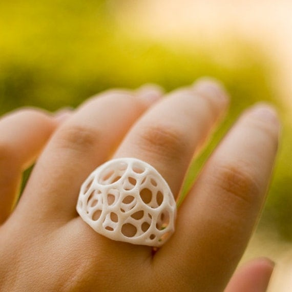 SALE 40% off 2-layer center ring sz5 - white 3d-printed nylon plastic ring