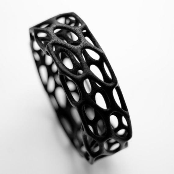 Porous Bracelet (white or black)