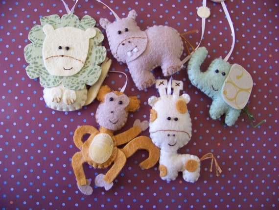 Jungle Safari, Decorative Nursery Mobile. (choose your colors)