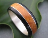 Moran Fuerte Wood Ring - recycled sterling and organic wood band