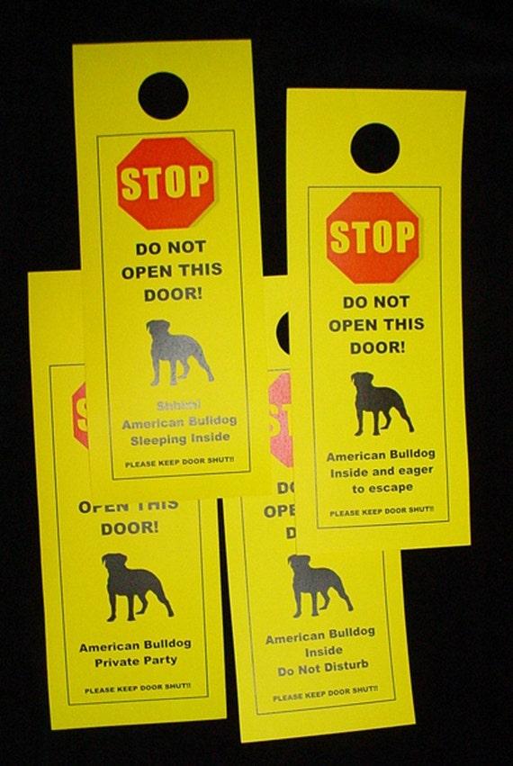 American Bulldog's Friendly Alternative to Beware of Dog Keeps Dog Safe