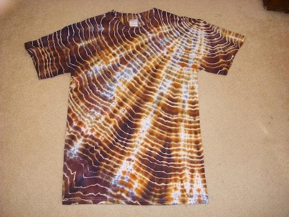 M brown snake skin adult  tie dye tshirt, medium