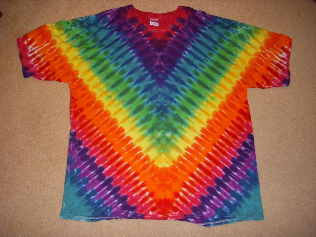 2x V Design Tie Dye Tshirt Xxl