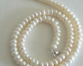 18inch Strand 7-8mm Button Freshwater Pearl Beads Natural White ivory b1402