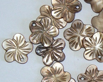 20 Cherry Flower Mother of Pearl 18mm Bead Shell Brown